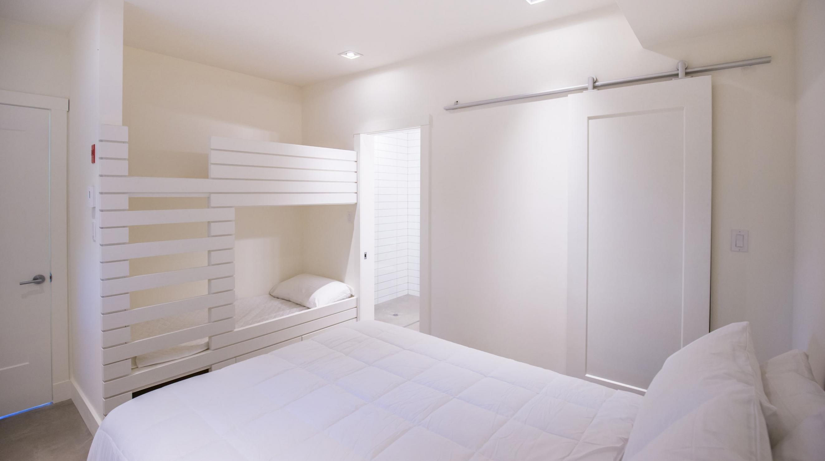 QuarterDeck Beach Lofts Summerville Beach Bedroom Bunk Beds
